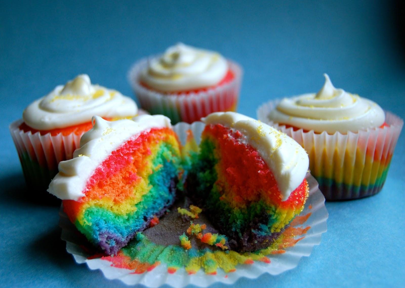 cupcakes arc en ciel 12 cupcakes - Cupcake Colorant Alimentaire